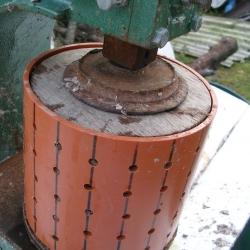 Прессование топливных брикетов