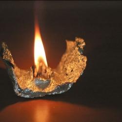 Вазелиновая свеча на 30 минут горения
