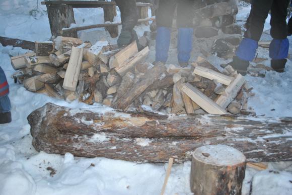 Рубка дров