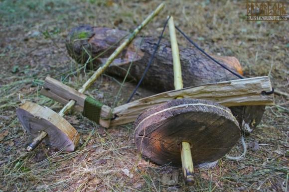 Добыча огня методом трения маховик