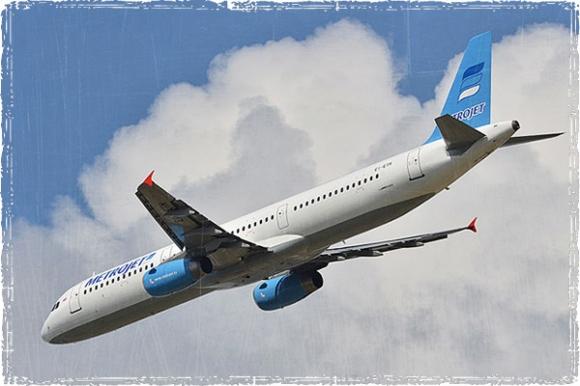 В небе над Египтом разбился самолёт